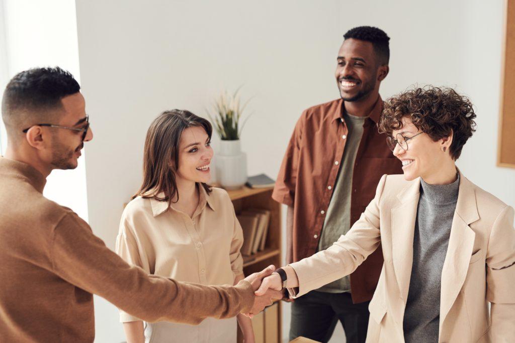 arte da persuasao em como influenciar pessoas 1024x683 - Como Influenciar Pessoas para ter Sucesso na Vida e nos Negócios